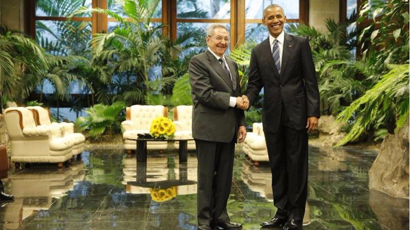 Raúl Castro y Barack Obama en el Palacio de la Revolución