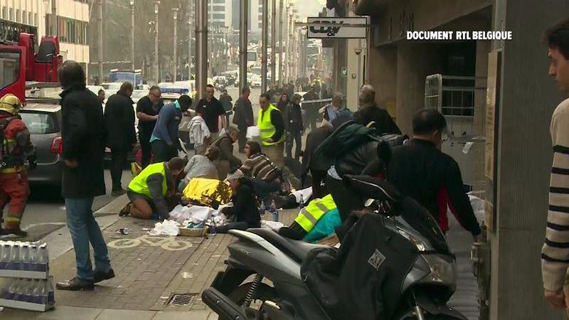 La Policía sospecha de un segundo terrorista en el ataque al metro de Bruselas