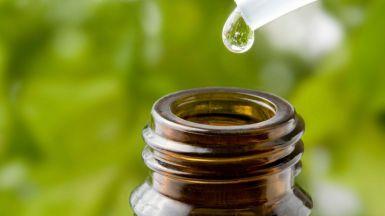 Todos contra la homeopatía: ¿qué tiene de invento y qué tiene de ciencia?
