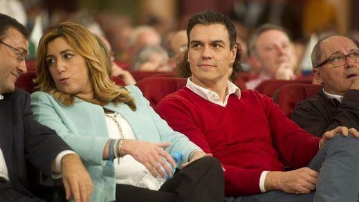 Sánchez intenta ganar tiempo para aplazar el Congreso del PSOE y enfrentarse a Susana Díaz ya con la presidencia en la mano