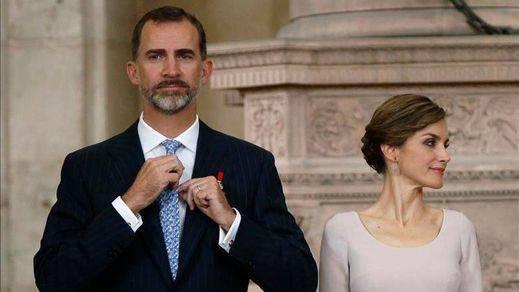 Sorpresa y perplejidad con Felipe VI, que se sube el sueldo en plena crisis nacional