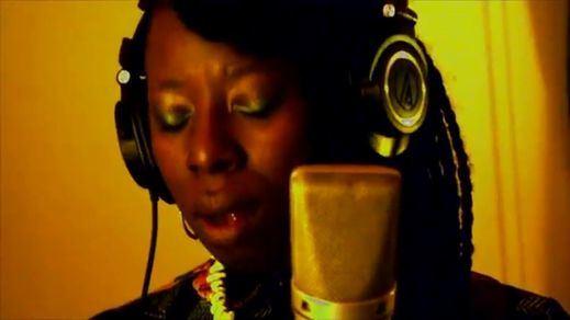 Shirley Davis, una nueva e inmejorable rosa negra para el soul, el funky y el jazz