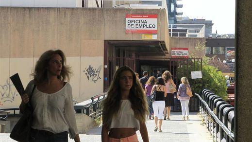 La Semana Santa resucita el empleo: el paro bajó en 58.216 personas en marzo