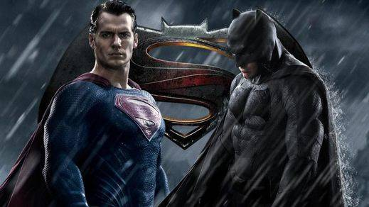 Batman y Superman sobrevuelan las críticas y siguen número 1 en taquilla