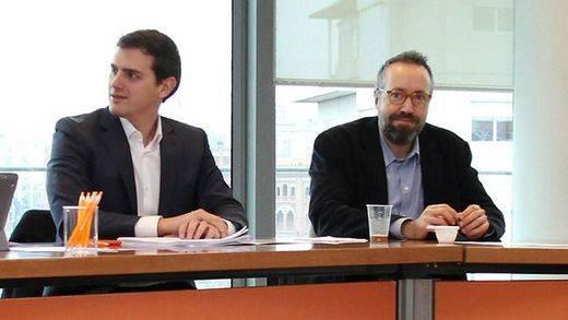 Ciudadanos se enroca: no pedirá aún ministerios pero tampoco cederá ante Podemos