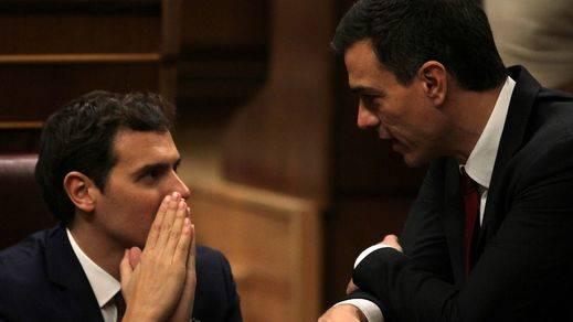 Rivera y Sánchez piden a Rajoy un