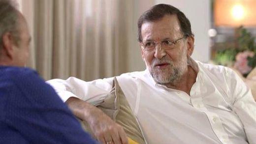 Rajoy se aferra al 'trono' en medio de los movimientos internos que auguran cambios generacionales en el PP