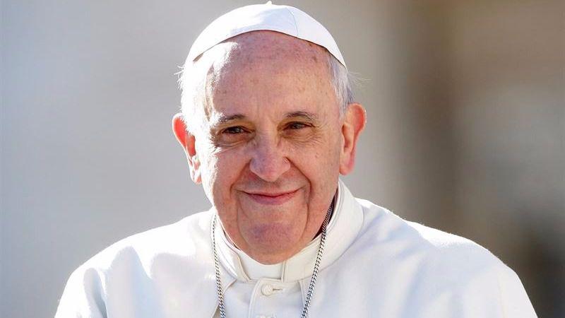 El Papa 'aperturista' abraza los segundos matrimonios, pero rechaza el 'sexo seguro'