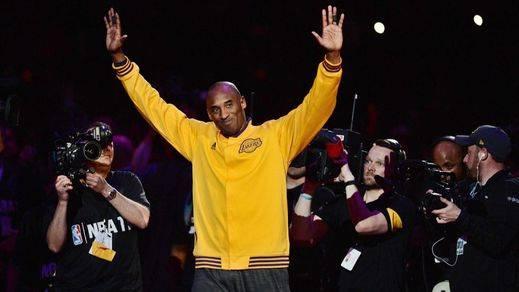 Kobe Bryant se regala una despedida anotando 60 puntos