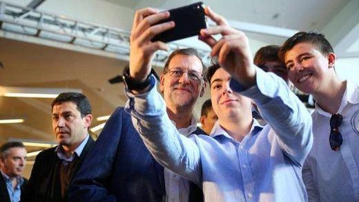...Pero Rajoy ya está en campaña con su promesa de una