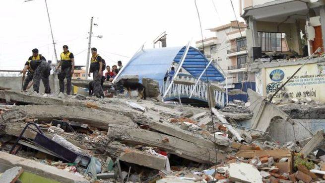 Ecuador en estado de excepción: ya son más de 230 los muertos tras la cadena de terremotos