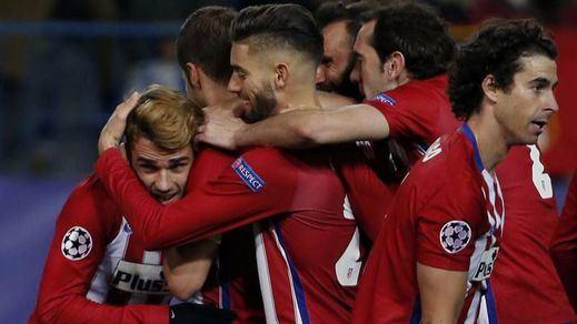 El Atlético tira de oficio y sale indemne de su fácil choque con el Granada (3-0)