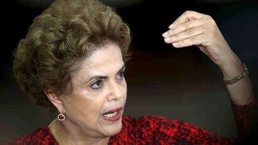 Dilma Rousseff, golpeada por la Cámara de Diputados: le queda la esperanza del Senado para seguir como presidenta
