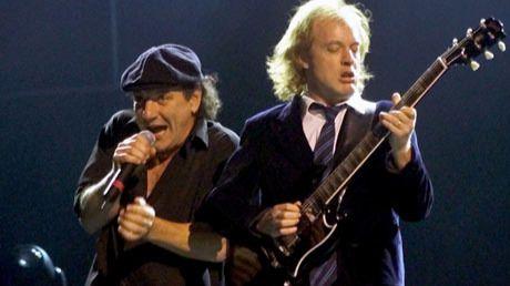 Los fans que tengan entradas para AC/DC pueden exigir la devolución por el cambio de vocalista