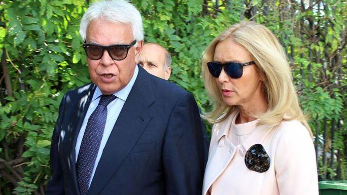 La actual esposa de Felipe González, también en los 'papeles de Panamá'