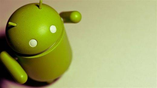 Google, acusado de posición dominante en las preinstalaciones de Android