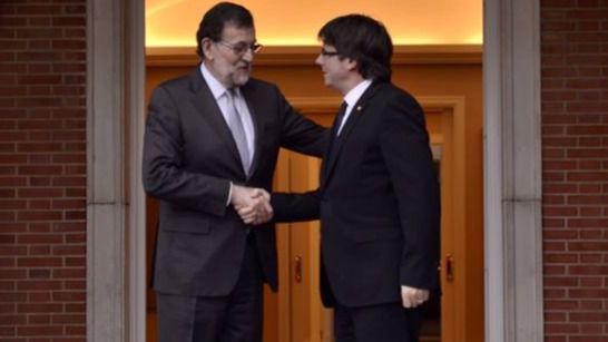 Rajoy y Puigdemont, dos horas y pico de diálogo de sordos