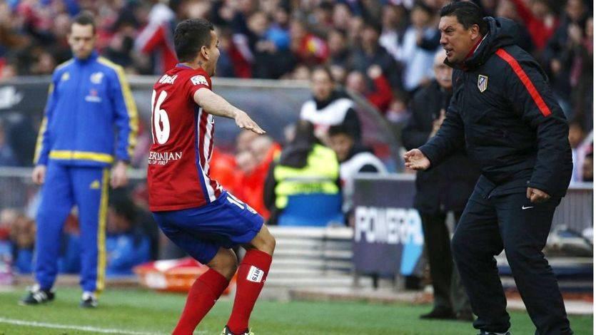 Correa desatasca a un Atleti que sufrió mucho para ganar a un buen Málaga (1-0)