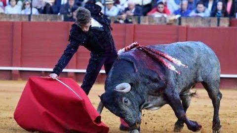Los abonados suspenden una pésima Feria de Abril llena de triunfalismos ficticios y de 'medios toros'