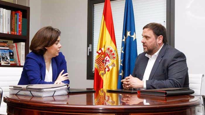 Reunión en La Moncloa entre la vicepresidenta del Gobierno y el vicepresidente de la Generalitat