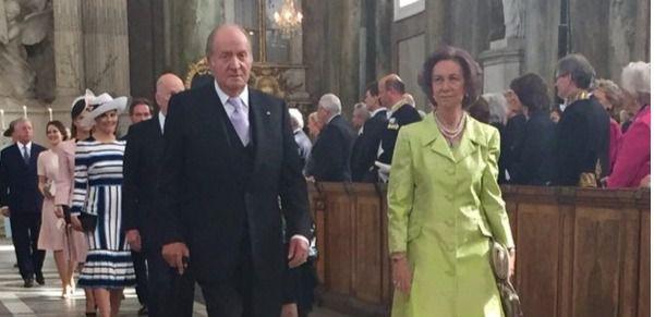 Dos Juan Carlos y Doña  Sofía, hoy en el festejo de Carlos Gustavo de Suecia.