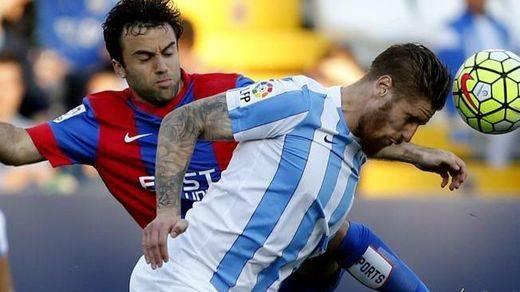 El Levante pierde en Málaga y baja al infierno... de la Segunda (3-1)