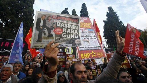Manifestación en Turquía a favor de la libertad de prensa
