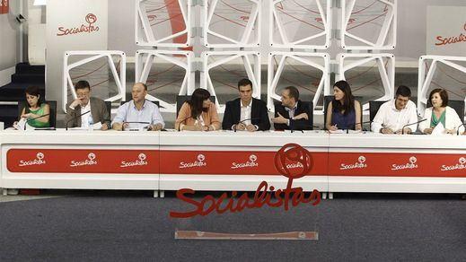 Primeras revueltas internas en el PSOE contra Sánchez: