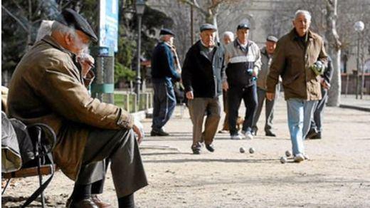 La otra cara del 'pensionazo': la mitad de los jubilados no llegan a fin de mes