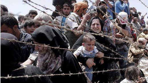 Una cadena humana vestirá Madrid de luto por los refugiados