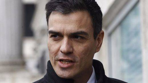 Sánchez contraataca como puede el 'efecto PIUdemos': adelanta nombres de ministros