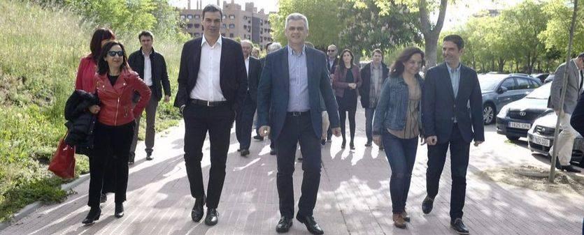 Susana Díaz 'proclama' hoy a Pedro Sánchez candidato del PSOE para escenificar una unidad en entredicho