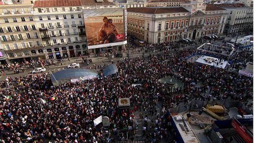 Sol se unió al grito de protesta internacional en el quinto aniversario del 15-M
