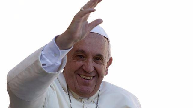 El Papa, más 'feminista' todavía: afirma que las mujeres son mejor que los hombres también en las misiones