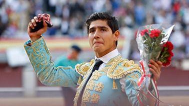 San Isidro: novillada accidentada con oreja para Juan de Castilla y Adame, que acabó en la enfermería