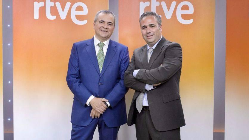 Juanma Romero, director y presentandor de Emprende TVE, y Luis Oliván, realizador