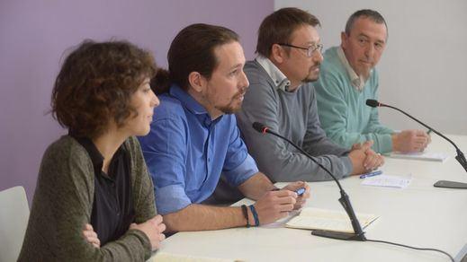 Podemos y las confluencias presionarán al PSOE para lograr los 4 grupos en el Congreso