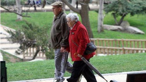 La esperanza de vida crece 5 años en todo el mundo y España se cuela en el 'top 5' de los vetustos