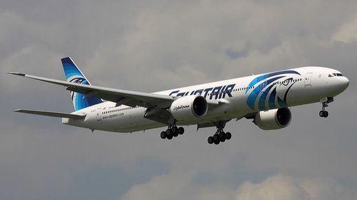 Expertos de Estados Unidos descartan una explosión del avión de Egypt Air