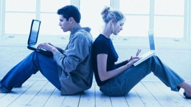 ¿Quiénes mienten más para ligar en Internet? ¿Los hombres o las mujeres?