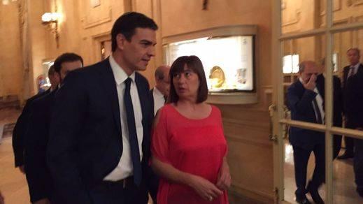 Armengol reivindica su pacto con Podemos y 'Més' ante un Sánchez que guarda silencio