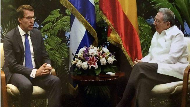 Imagen del encuentro del presidente de la Xunta de Galicia con el mandatario cubano.
