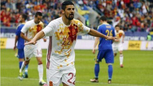 Nolito pide sitio en la Eurocopa: su doblete ayuda a La Roja a superar a Bosnia (3-1)