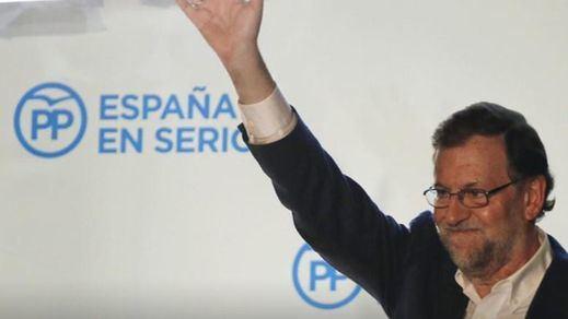 La guerra de promesas ¿y mentiras? electorales: Rajoy promete bajar los impuestos pese a los avisos de Bruselas