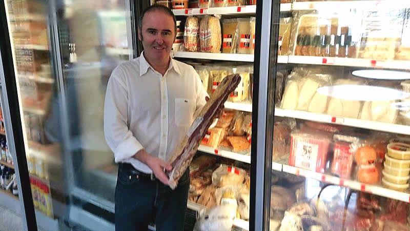 La otra cara de la realidad económica de Venezuela: éxito viral de un empresario español mostrando supermercados llenos de productos y sin colas