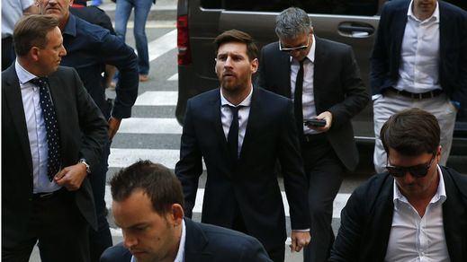 Messi, serio y tranquilo, está siendo juzgado por su presunto fraude de 4 millones a Hacienda