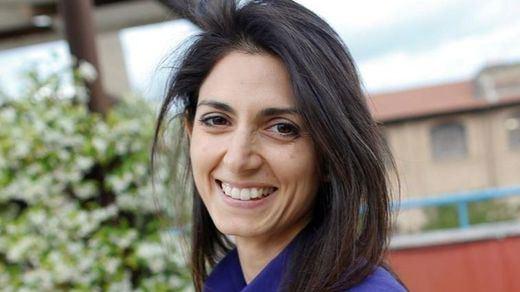 Roma tendrá su propia Carmena o Ada Colau: Virginia Raggi gana la primera vuelta en las elecciones municipales