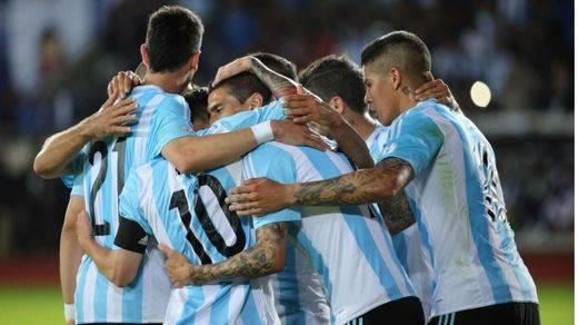 Copa América: una Argentina sin Messi se toma la revancha ante Chile (2-1)