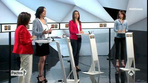Margarita Robles se desespera ante la nueva política de Bescansa, Arrimadas y Levy