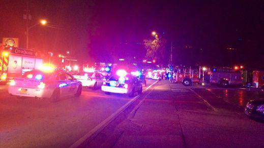 Un hombre se atrinchera con rehenes en un club gay de Orlando tras disparar a al menos 20 personas
